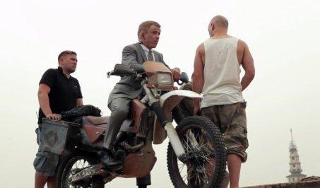 skyfall-robbie-maddison-stunt