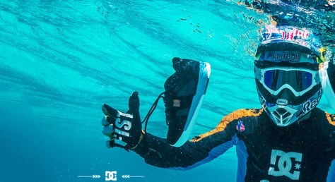 Underwater DC shoes
