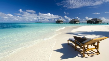 Beautiful-Tropical-Sandy-Beach