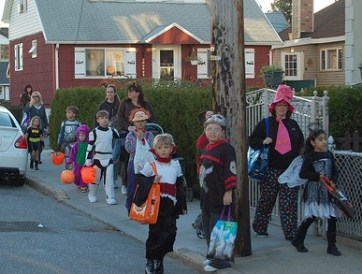 trick or treaters kids