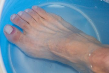foot soaking water