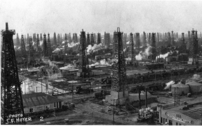 Historic Huntington Beach oil 1920