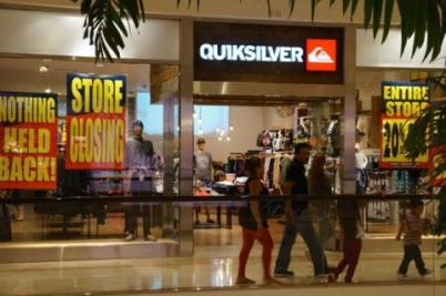 Quiksilver store closing