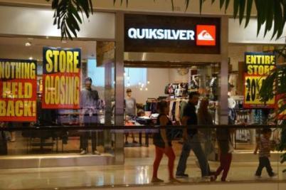 Quiksilver store closing