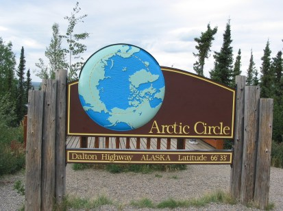 Arctic_Circle_sign