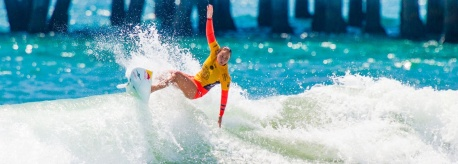 carissa_moore surfing
